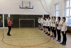 Κατηγορία γυμναστικής στο σώμα μαθητών στρατιωτικής σχολής της αστυνομίας Στοκ φωτογραφία με δικαίωμα ελεύθερης χρήσης