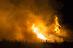 Κατοικημένο σπίτι στην πυρκαγιά Στοκ εικόνα με δικαίωμα ελεύθερης χρήσης
