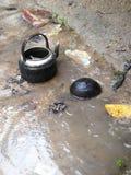 κατσαρόλα νερού παλαιά στοκ φωτογραφίες