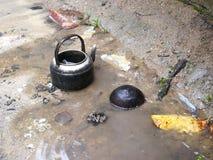 κατσαρόλα νερού παλαιά Στοκ φωτογραφία με δικαίωμα ελεύθερης χρήσης