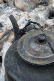 Κατσαρόλα στην πυρκαγιά Στοκ Φωτογραφίες