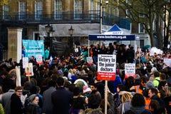 Κατώτερη αφίσσα διαμαρτυρίας γιατρών στοκ εικόνες με δικαίωμα ελεύθερης χρήσης