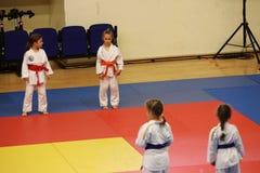 Κατώτεροι μαχητές Jitsu Jiu στο ρουμανικό πρωτάθλημα, νεώτεροι, το Μάιο του 2018 στοκ εικόνες