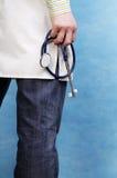 καυκάσιος γιατρός όμορφ&omi Στοκ Εικόνα