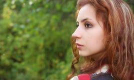 Καυκάσιο καλοκαίρι πορτρέτου γυναικών Στοκ εικόνα με δικαίωμα ελεύθερης χρήσης