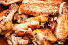 Καυτά και πικάντικα φτερά κοτόπουλου ύφους βούβαλων Στοκ Εικόνες