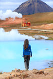 Καυτές εγκαταστάσεις παραγωγής ενέργειας γεωθερμικής ενέργειας άνοιξη της Ισλανδίας Στοκ Εικόνα