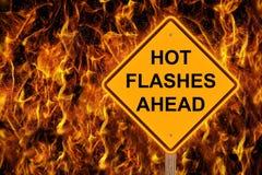 Καυτές λάμψεις που προειδοποιούν μπροστά στις φλόγες Στοκ φωτογραφίες με δικαίωμα ελεύθερης χρήσης