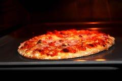 καυτή πίτσα Στοκ Φωτογραφία