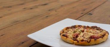 καυτή πίτσα Στοκ Εικόνα