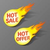 Καυτή πώληση και καυτές ετικέττες προσφοράς Στοκ φωτογραφία με δικαίωμα ελεύθερης χρήσης