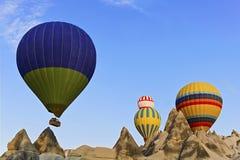 Καυτή ballons γεωλογία Cappadocia Στοκ εικόνες με δικαίωμα ελεύθερης χρήσης