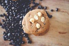 Καυτοί καφές και μπισκότο Στοκ εικόνες με δικαίωμα ελεύθερης χρήσης