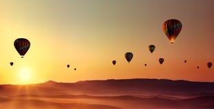 Καυτός-αέρας-μπαλόνια στοκ φωτογραφία με δικαίωμα ελεύθερης χρήσης