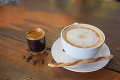 Καυτός καφές και καυτός πυροβολισμός καφέ Στοκ Εικόνες