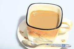 Καυτός καφές στο φλυτζάνι, ως υπόβαθρο τροφίμων Στοκ φωτογραφίες με δικαίωμα ελεύθερης χρήσης
