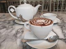 Καυτός φρέσκος καφές Στοκ φωτογραφία με δικαίωμα ελεύθερης χρήσης
