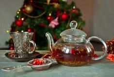 Καυτό βοτανικό τσάι Χριστουγέννων Στοκ Φωτογραφίες