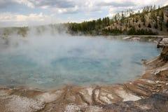 Καυτό ελατήριο στο εθνικό πάρκο Yellowstone, Μοντάνα, ΗΠΑ Στοκ Εικόνες