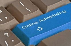 καυτό κλειδί για τη on-line διαφήμιση στοκ φωτογραφίες