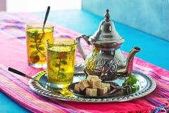 Καυτό μαροκινό πράσινο τσάι μεντών Στοκ Εικόνες