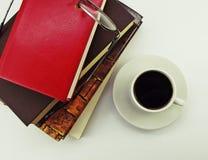 καφές βιβλίων Στοκ φωτογραφία με δικαίωμα ελεύθερης χρήσης