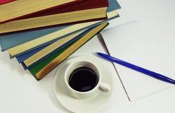 καφές βιβλίων Στοκ Φωτογραφίες