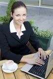 καφές επιχειρηματιών υπαί&th στοκ φωτογραφία με δικαίωμα ελεύθερης χρήσης