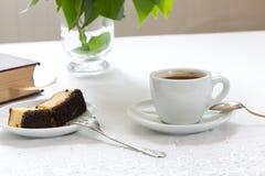 Καφές και κομμάτι του κέικ Στοκ εικόνες με δικαίωμα ελεύθερης χρήσης