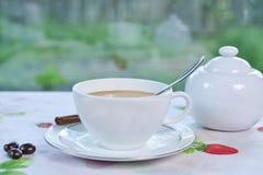 Καφές και μισός και μισός Στοκ εικόνα με δικαίωμα ελεύθερης χρήσης