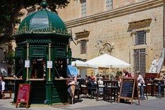 Καφές και περίπτερο, Valletta Στοκ Εικόνες
