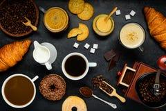 Καφές και cappuccino Στοκ εικόνες με δικαίωμα ελεύθερης χρήσης
