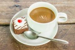 Καφές και cupcake στοκ εικόνες