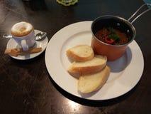 Καφές και goulash Στοκ φωτογραφία με δικαίωμα ελεύθερης χρήσης