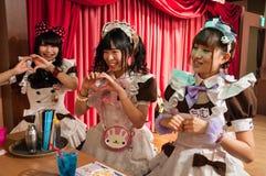 Καφές κοριτσιών σε Akihabara, Τόκιο, Ιαπωνία Στοκ εικόνες με δικαίωμα ελεύθερης χρήσης
