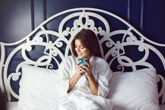 Καφές κρεβατοκάμαρων πρωινού Στοκ Εικόνες
