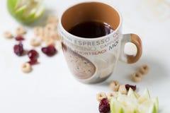 Καφές με τα δημητριακά και τα τα βακκίνια Στοκ φωτογραφία με δικαίωμα ελεύθερης χρήσης