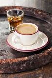 Καφές με το κονιάκ στοκ εικόνες