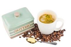 Καφές με το προστιθέμενο βούτυρο Στοκ Εικόνα
