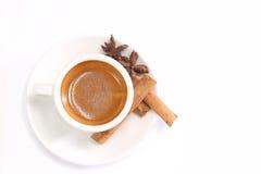 Καφές με το ραβδί κανέλας Στοκ φωτογραφίες με δικαίωμα ελεύθερης χρήσης