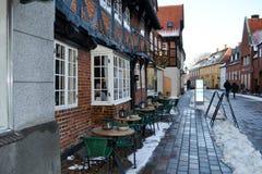Καφές οδών στην παλαιά πόλη Ribe, Δανία, Ευρώπη τον Ιανουάριο του 2016 Στοκ εικόνα με δικαίωμα ελεύθερης χρήσης