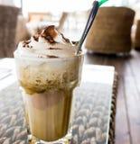 Καφές πάγου σε έναν πίνακα στοκ εικόνες
