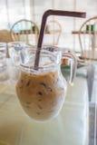 Καφές παγωμένου γάλακτος στο βάζο γυαλιού Στοκ εικόνα με δικαίωμα ελεύθερης χρήσης