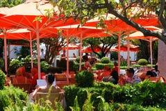 Καφές πεζοδρομίων στο πορτοκαλί τετράγωνο, Marbella Στοκ εικόνες με δικαίωμα ελεύθερης χρήσης