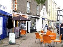 Καφές πεζοδρομίων, Teignmouth, Devon. στοκ φωτογραφία