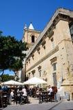 Καφές πεζοδρομίων, Valletta Στοκ εικόνα με δικαίωμα ελεύθερης χρήσης