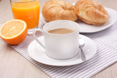 Καφές προγευμάτων και χυμός από πορτοκάλι Στοκ Εικόνα