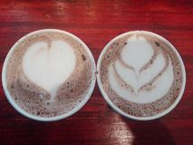 Καφές πρωινού και καυτή σοκολάτα στοκ εικόνες