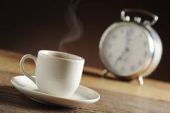 καφές ρολογιών συναγερ&mu Στοκ φωτογραφία με δικαίωμα ελεύθερης χρήσης