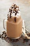 Καφές σοκολάτας frappe με την κτυπημένη κρέμα Στοκ Φωτογραφία